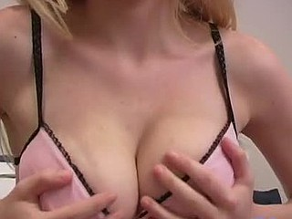 If u are a tit chap u have to click and see sierras unbelievable boobs
