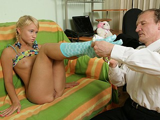 Sexy student acquires a fix of hard teacher's rod