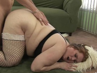 Beauty Displaying Her Large Curved Butt During The Time That A Hardcore Fucking!