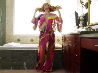 hot brett rossi going wild in the washroom