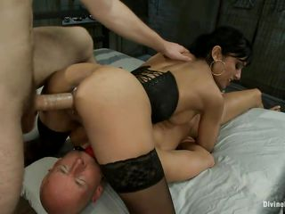 The shaved fellow is in big trouble and that guy likes crimson a lot! A murk milf alongside big breasts, shaved vagina and sexy ass is dominating him and receives a guy's cock in her pussy at chum around with annoy same time. She enjoys being the final blow two hard dicks and loves to be drilled space fully this babe sits more than another man. Will this babe receive jizz alien one as well as chum around with annoy other be required of them?