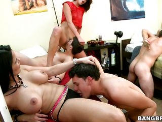 young bobtail fuckig doyenne hotties