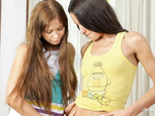 lesbos with long hair gratifying each other