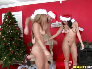 See these 2 Latina ladies Luna Star and Guiliana Alexis having a hawt threesome in Santa costumes! Look at their beautiful bodies and nice large boobs, while they're busy engulfing in his cock. Then Alexis acquires fucked in cowgirl and from behind as well as fingering and licking Luna's pussy!
