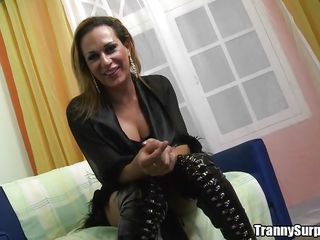 Milena Ninfeta is clothed in a hawt black outfit and chatting on the sofa with Yago Ribeiro. She pulls her outfit off and Yago lubes up her asshole with his spit, then fingers her and gives a great rimjob. She shows off her mangos and sucks his thick cock.