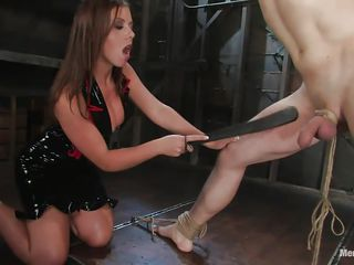 penny flame makes her slave squeal like a girl!