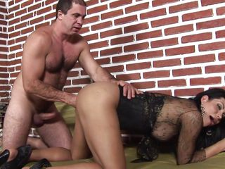 Hawt tranny Luiza gets her ass fisted by this muscle guy. This babe takes it from behind in her ass and moans and screams with joy and pang as he goes deeper and deeper in her tight anus. Look at that sexy big butt taking his hand and at her as that babe masturbates. This horny shemale wants it all and that babe will acquire a good hard fuck from behind after the man takes his hand out of her ass. Will that babe acquire some sperm on that pretty face?