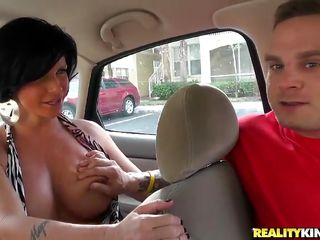 lucky fellow copulates brunette milf!