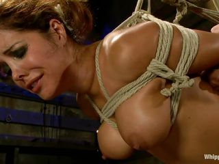 fastened francesca le gets pleasured by maitresse madeline