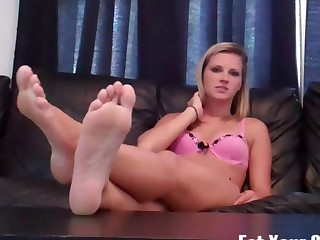 Dacy craves you to cum for feet CEI