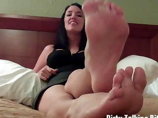 You can cum all over my feet if you want