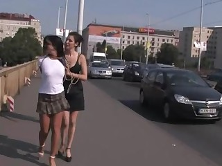 Taking hottie is exposing her sexy undressed erection in public