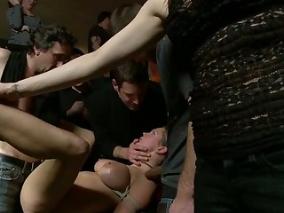Sexy siren gets a wanton and excruciating decide corrigendum