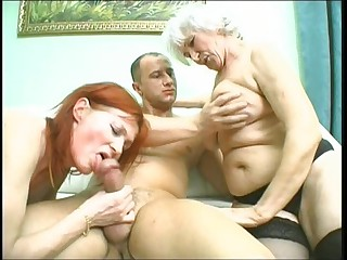 Those two blondes are such best allies that they even share their guy. Watch them in bed filled with bubbly water as they take on this hot guy in one steamy sexcapade. Watch every pont of time as this hunk penetrates his cock inside their pussies until he sho