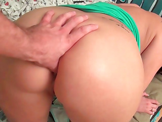 Alexis Grace giving head and getting slammed in doggystyle position