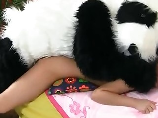 Honcho little bimbo is unaffected by her bed with a person in a costume, fucking