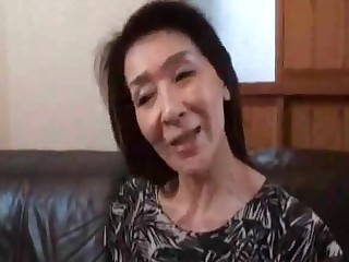 Japanese Grannies give their 60's (musoji4 pt2o4)