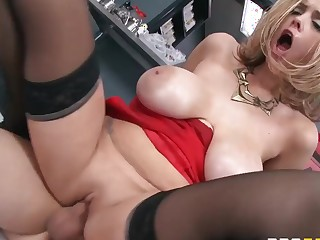 The number 5, with a side of cock please. Mirror-like Jessy Jones and Katie Kox.