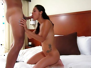 Latina pussy is be transferred to best