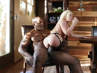 Blonde princess plays with slay rub elbows with power supply black cock close by her life