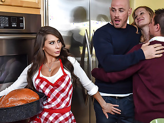 Madison Ivy  Johnny Sins in Thankful Be required of Madison - BrazzersNetwork