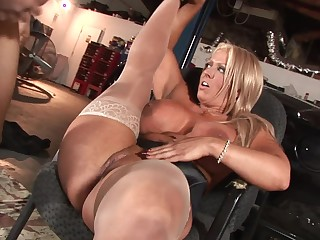 Handsome porn male lead is ready almost fuck this blonde MILF close to big boobs