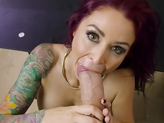 Tattooed MILF with big boobies fornicates with big-cocked boss
