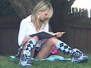 Schoolgirl Kasia similarly off