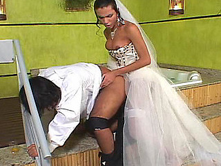 Sweltering ladyboy bride wazoo-fucking her groom mercilessly in the washroom