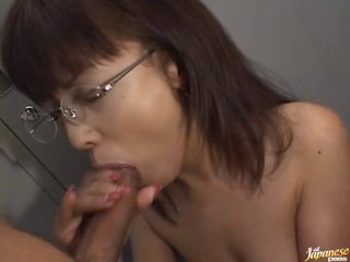 A Marvellous Duplicate Blowjob Hard by This Asian Secretary