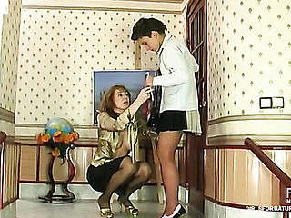 Bridget&Sheila lesbo mama on movie scene