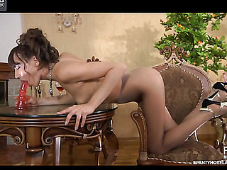 Viola in sexy hose movie