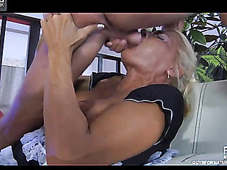 Hannah&Benjamin M kinky mama on video