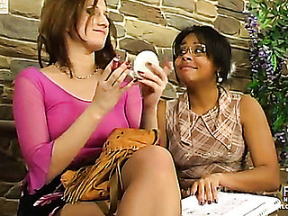 Heated lezzie in tan nylons French kisses whilst fingering a gal