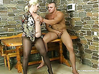 Lewd mature gal getting say no to clitoris fingered and fur pie boned through frayed belt up
