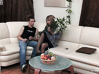 Lewis&Hugo cocksuking crossdresser in action