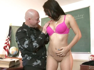 Brunette quill Kodi Threaten with sexy ass gives throat job