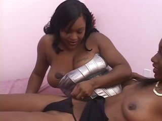 Black Lesbians Take Turns With Strapon