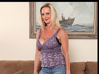 Tan golden-haired Anilos Cassy Torri uses a mini vibe back satisfy will not hear of break in