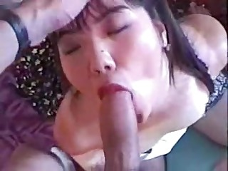 Amateur Oriental Wife Does It In POV