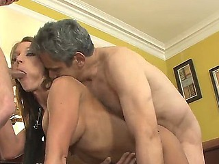 This is hawt threesome fuck video more Herschal Savage, Nikki Sexx together with Sonny Hicks, boyz got the girl betwixt them together with fucking her in two holes at the same time!