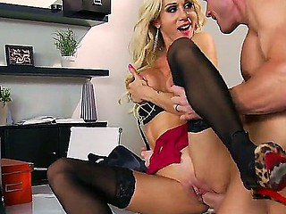 Muslced Johnny Sins acquires his huge knob sucked by tattooed blond milf Sarah Jessie with massive juicy hooters