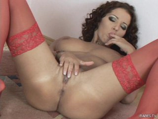 Large marangos brunette Angel Dark fingers her constricted juicy twat