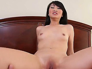 Cute Oriental chick Evelyn Lin giving great blowjob to her friend Will Powers, this babe makes his rod hard for her own pleasure!