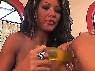 Teanna Kai receives lots of pleasure, when her friend, Mya Luanna, is working with her snatch
