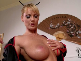 Sheila Grant gives astounding massage t