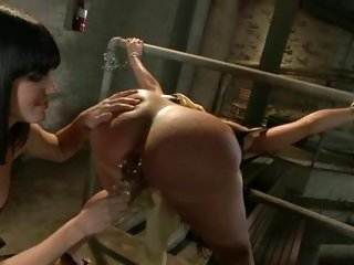 Whore Bobbi Starr torments Kelly Divine's huge caboose