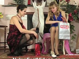 Dolly&Joanna concupiscent nylon feet act