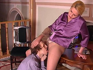 Kathleen&Desmond wicked hose pipe job video scene
