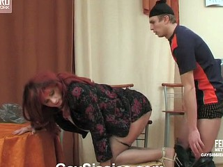 Lustful gay sissy unzipping beggar